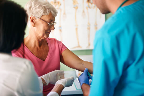 TE.AM Apotheken Blutuntersuchung Cholesterin Blutuntersuchung